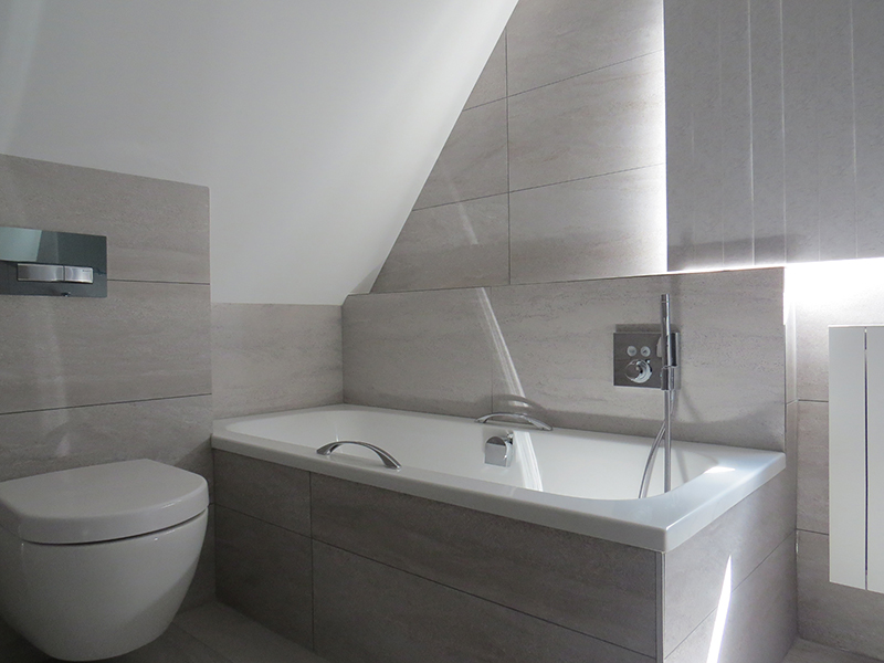 Oplevering 2 erg mooie badkamers - M&O Techniek