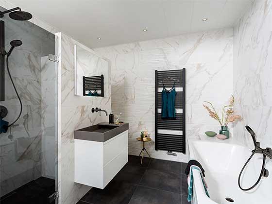 Badkamers, toiletten, sanitair bij Baderie M&O Techniek Zaanstad-Wormerland