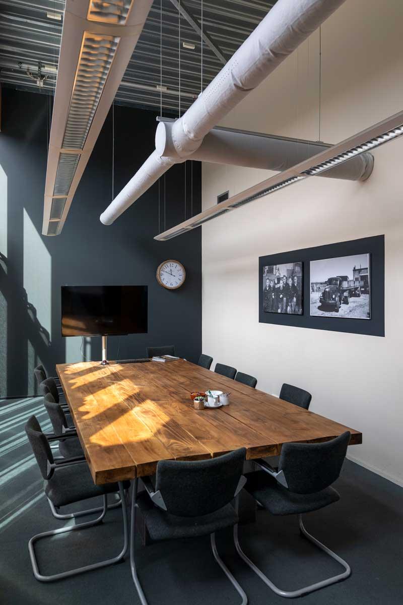 Installateur warmtepomen en klimaattechnologie, project Bouwcentrum Floris in Zaanstad